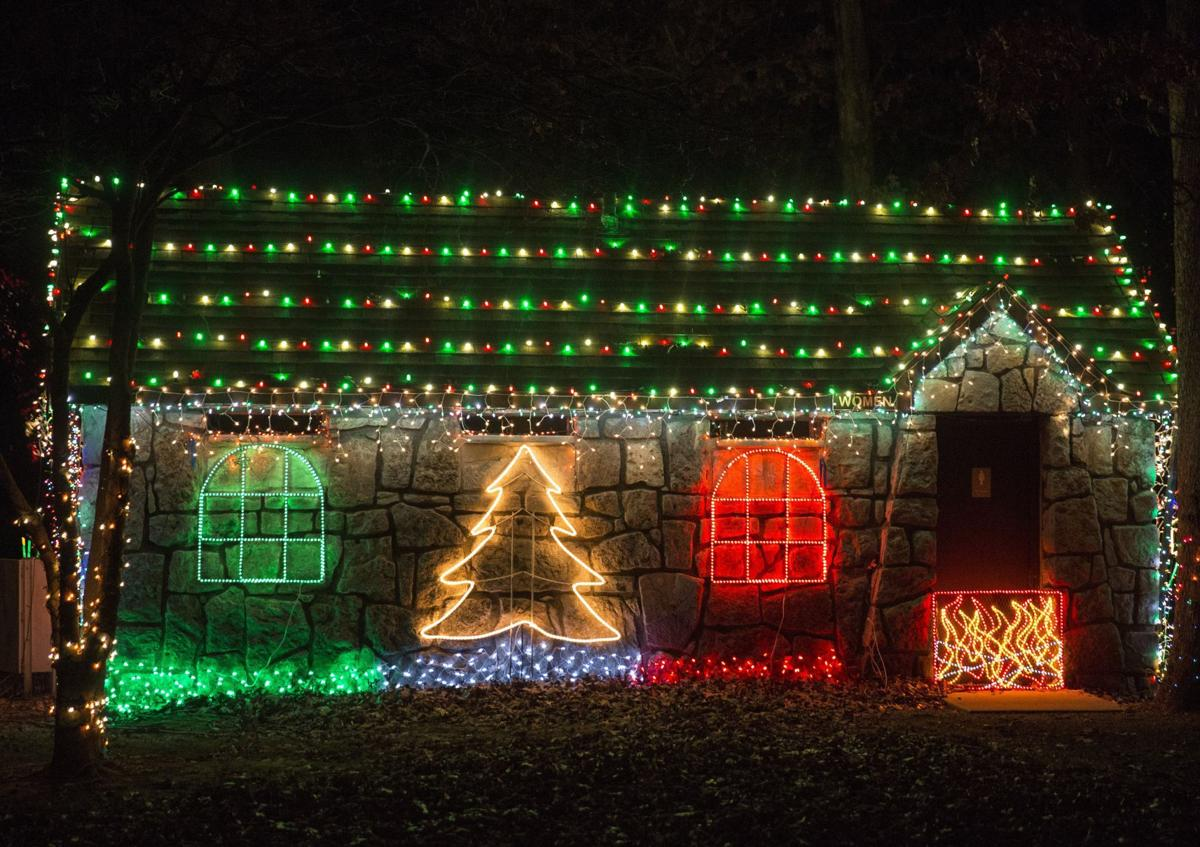 There\'s still time to enjoy displays of holiday lights | Hot List ...
