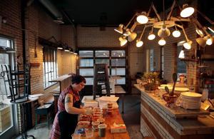 St. Louis Ess-coronavirus-updates: die Restaurants bereiten für die neue phase des take away, Lieferung und temporäre Schließungen