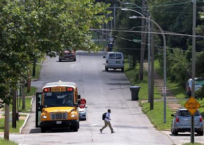 Student leaves school bus in St. Louis