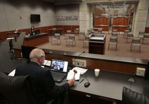セントルイスエリアの都市furloughスタッフの努力を幹ウイルスの財務上の影響