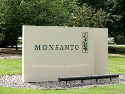 Monsanto sign at Lindbergh offices
