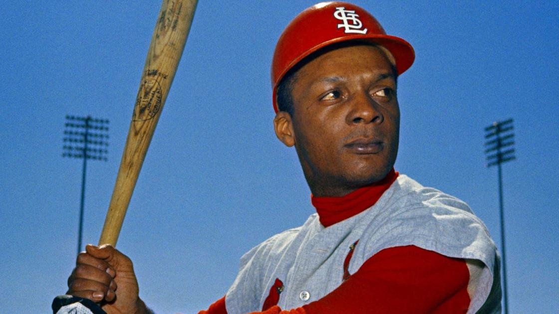 50 years ago, the Cardinals trade Curt Flood, altering the course of baseball history