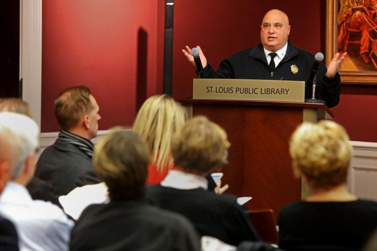 Citizens address downtown neighborhood concerns