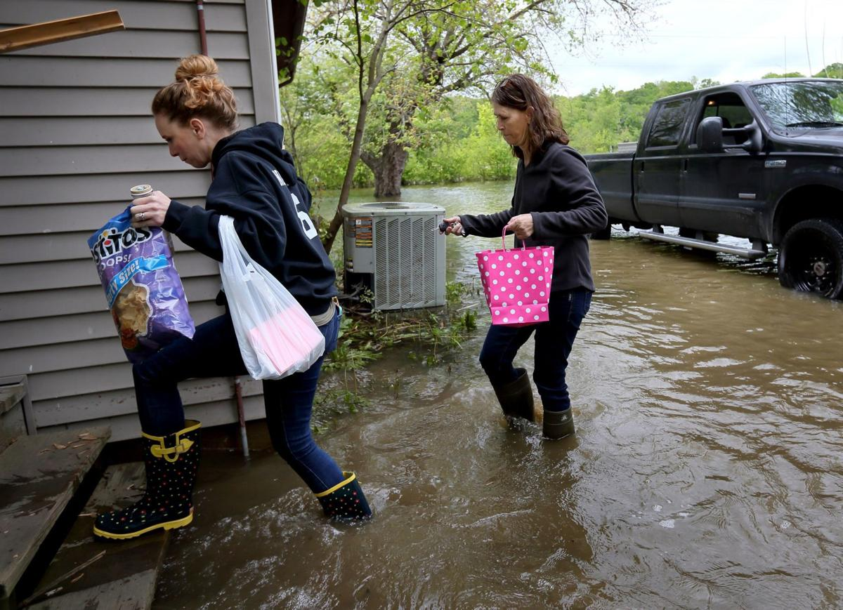 Floodwater can't stop Mother's Day