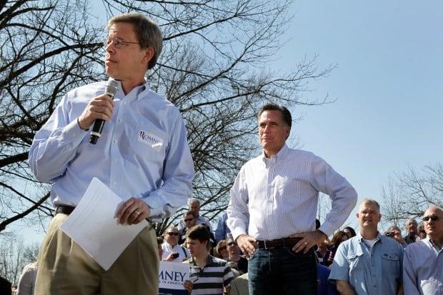 Mitt Romney campaigns in Kirkwood