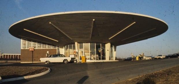 Del Taco building in 1969