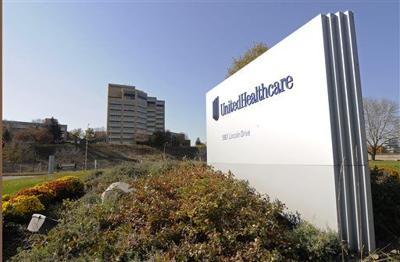 UnitedHealth's 2Q profit slips 2 percent