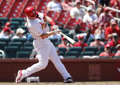 Paul Goldschmidt homers for the Cadinals against Pirates