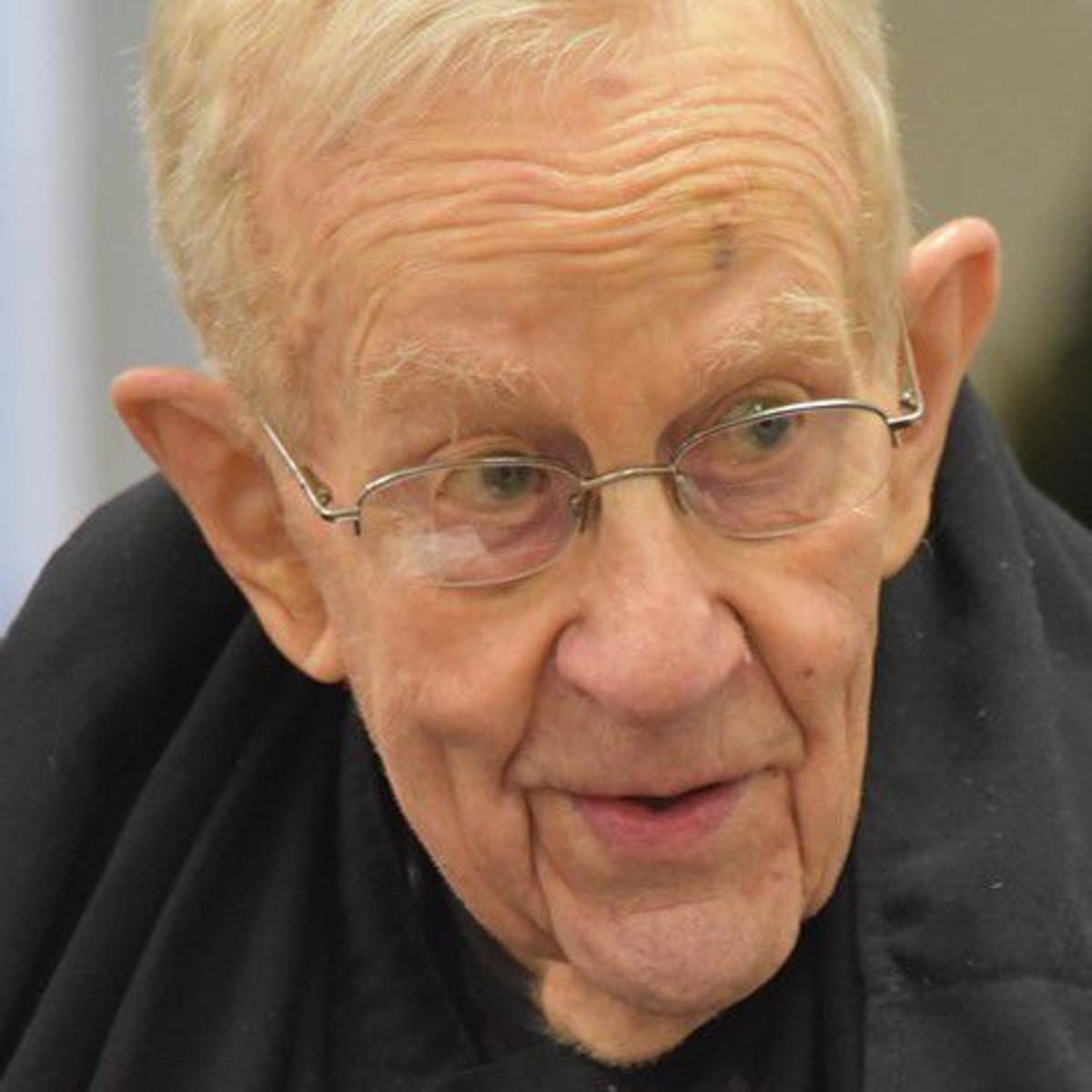 St  Louis Priory's co-founder and first headmaster dies at