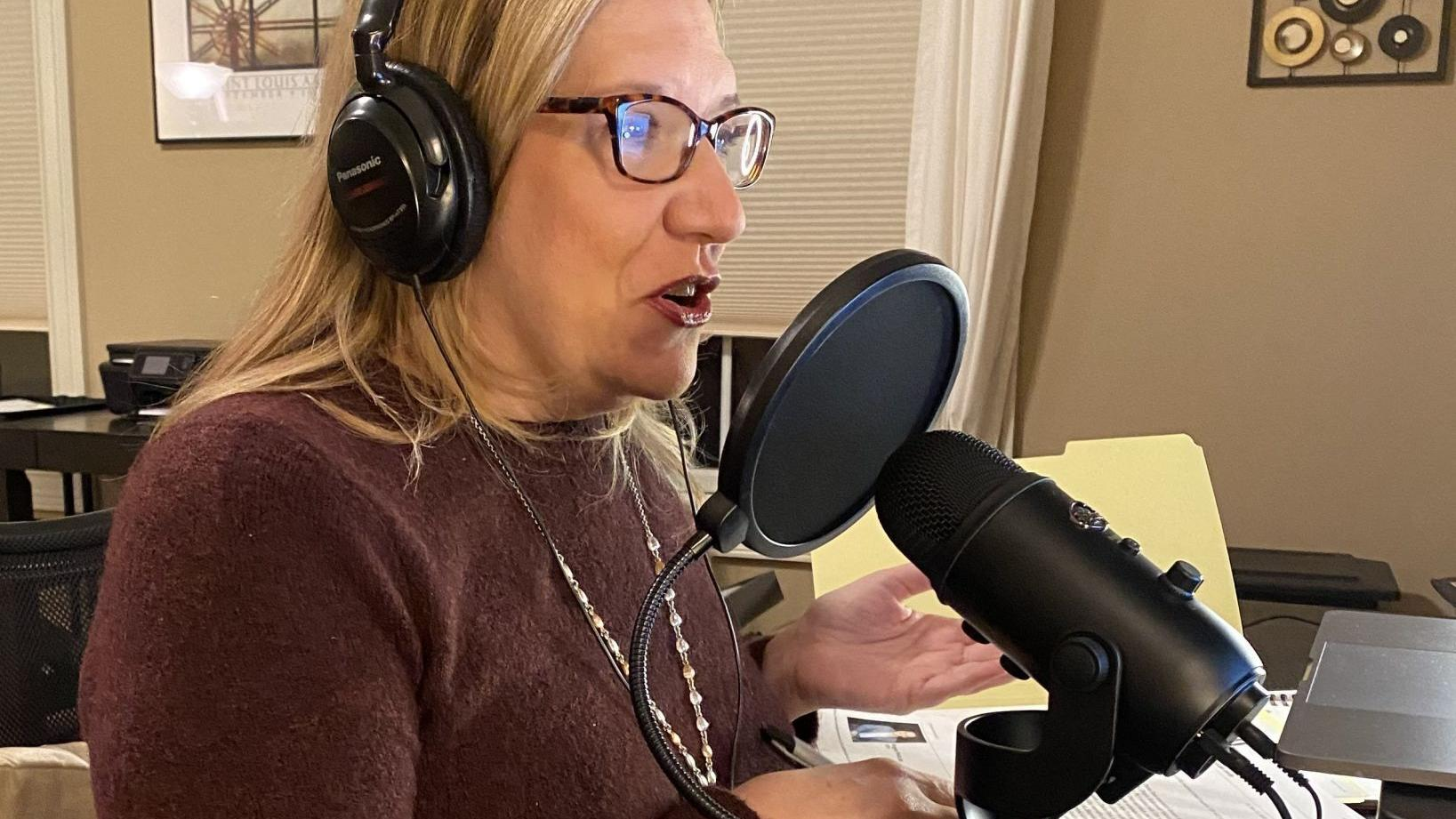 New St. Louis podcast keeps theater community connected during pandemic