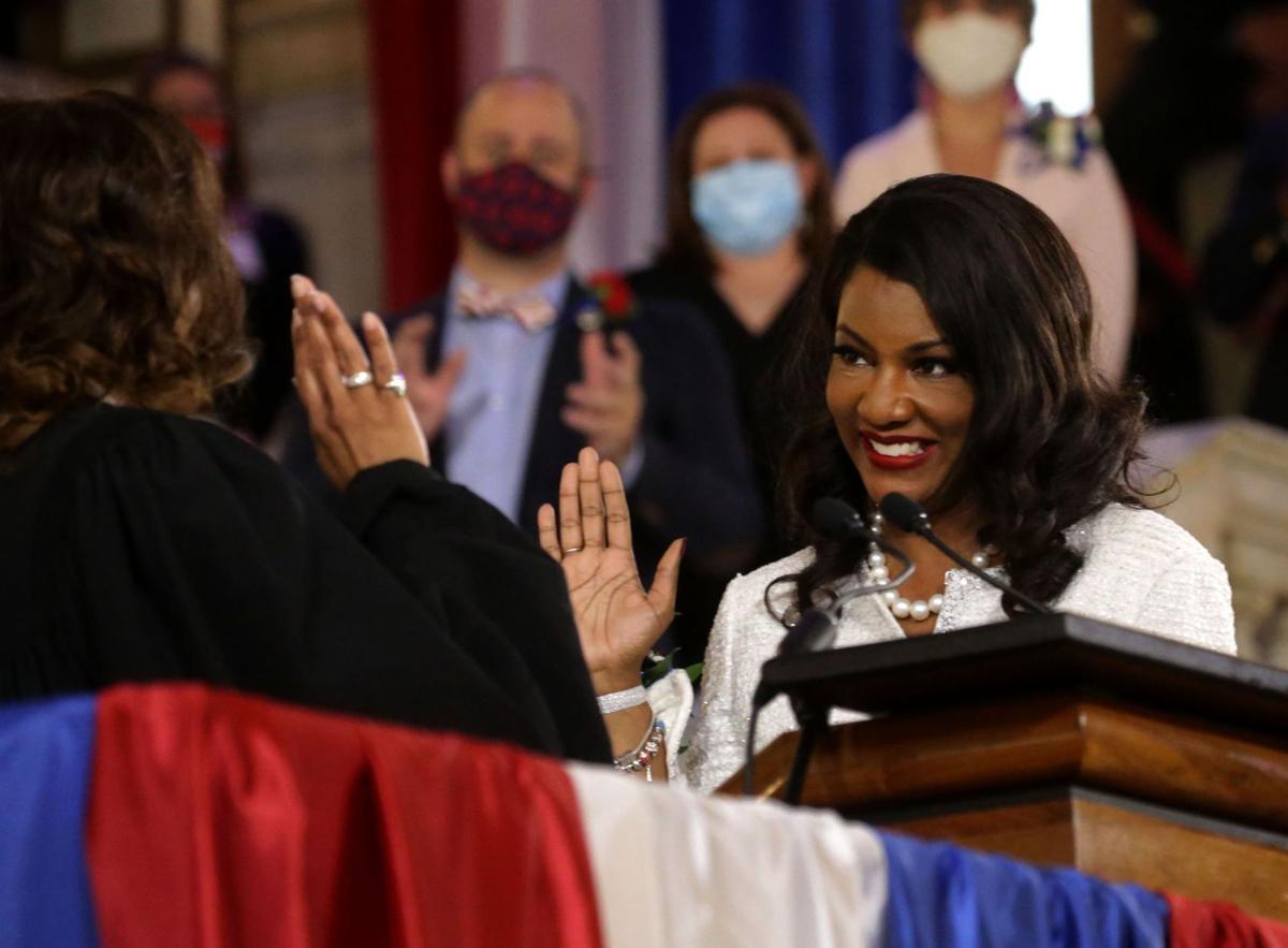 'Ready to serve': Tishaura Jones sworn in as St. Louis' 47th mayor