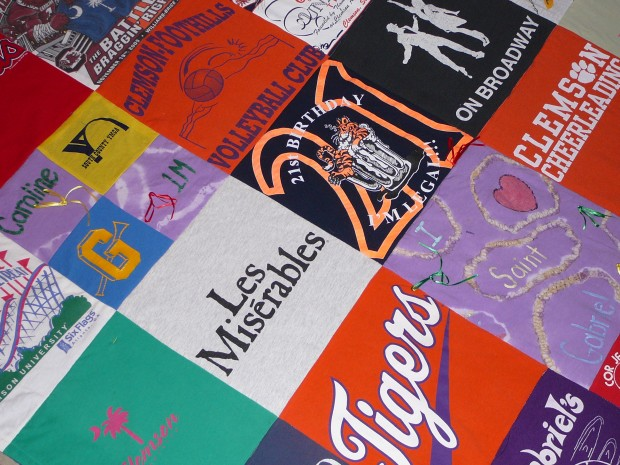 Made in St. Louis: Crafter makes quilts made from T-shirts | Home ... : quilts made with photos - Adamdwight.com