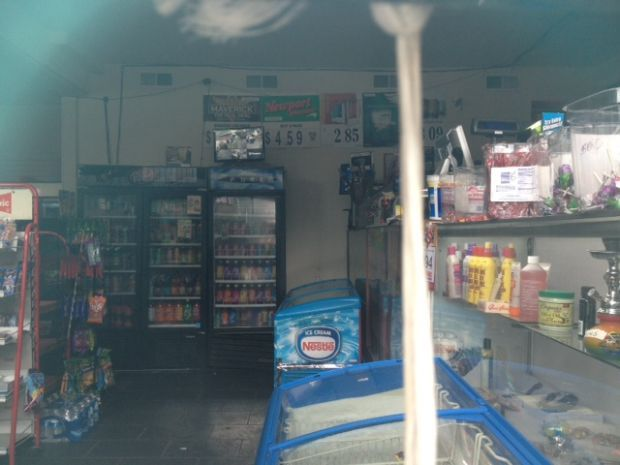Clerk killed in convenience store robbery