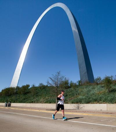 Runners take on Go! St. Louis races