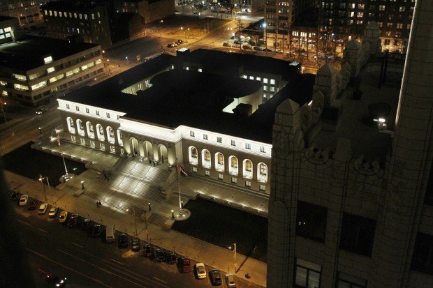St. Louis Central library reopens