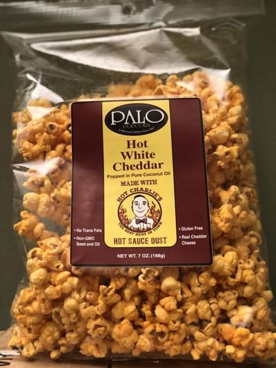Palo Popcorn Hot White Cheddar