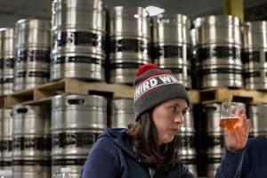 どのエール? ビールの審査員は自作コンフィルター産業の動向