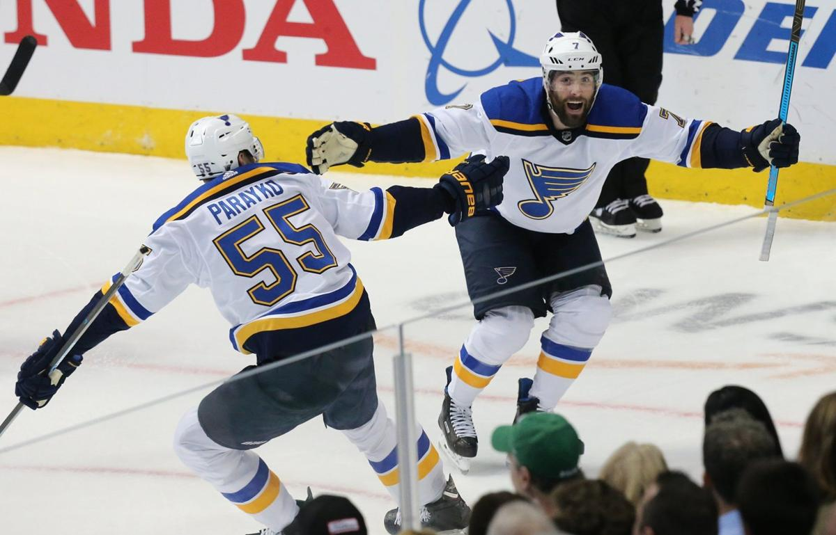 Blues and Stars skate in Game 3 of their playoff