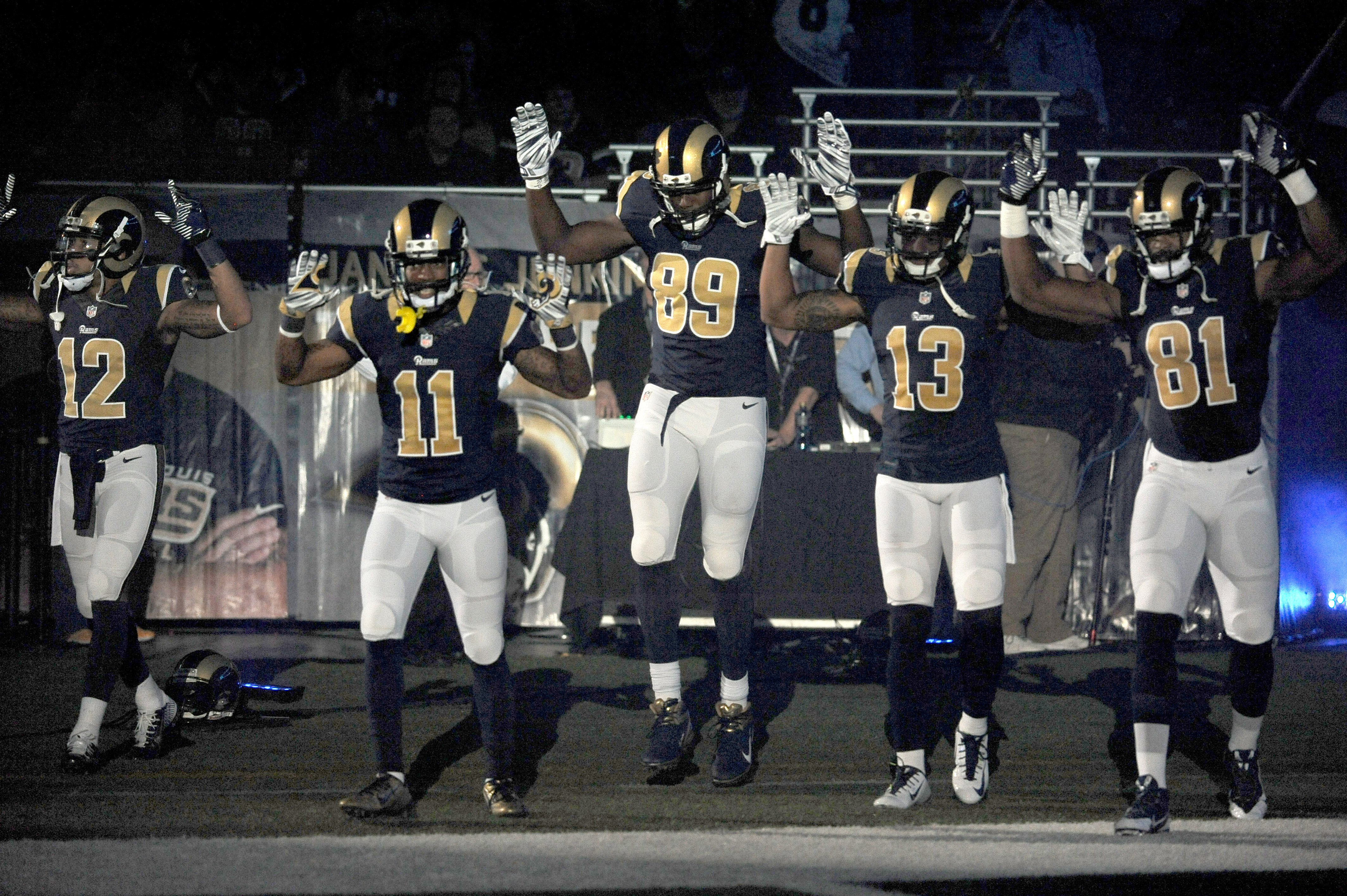 Police group wants Rams players disciplined for  Hands Up  gesture ... 7a2a93cc3f75