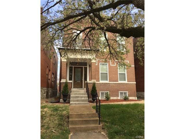 3 Bedroom Home in St Louis - $425,000