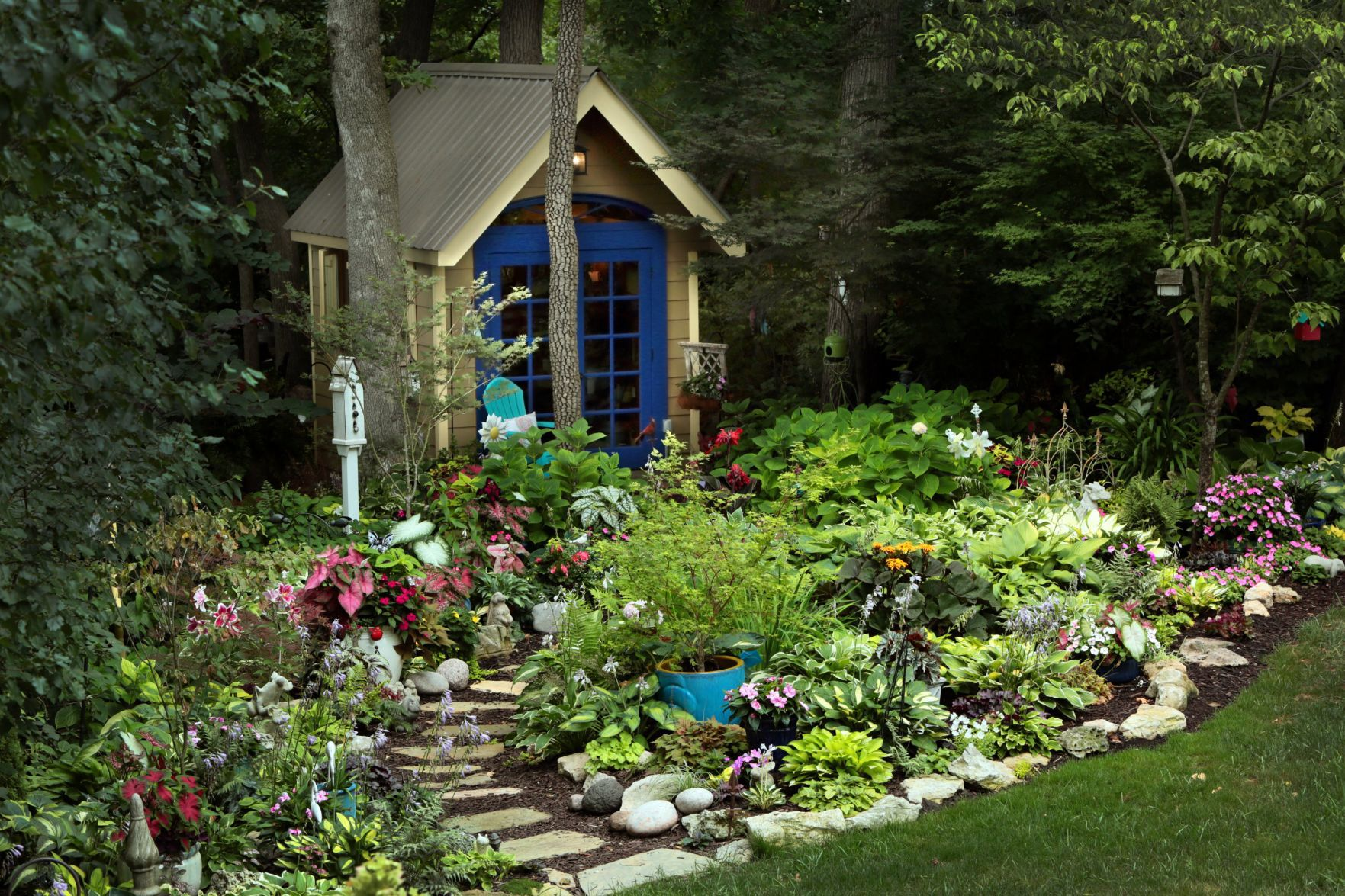 Best Home Garden By An Amateur: Marlene McBride Of Ballwin