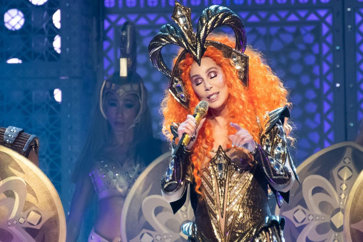 iParty: Cher turns back time on a visit to St. Louis