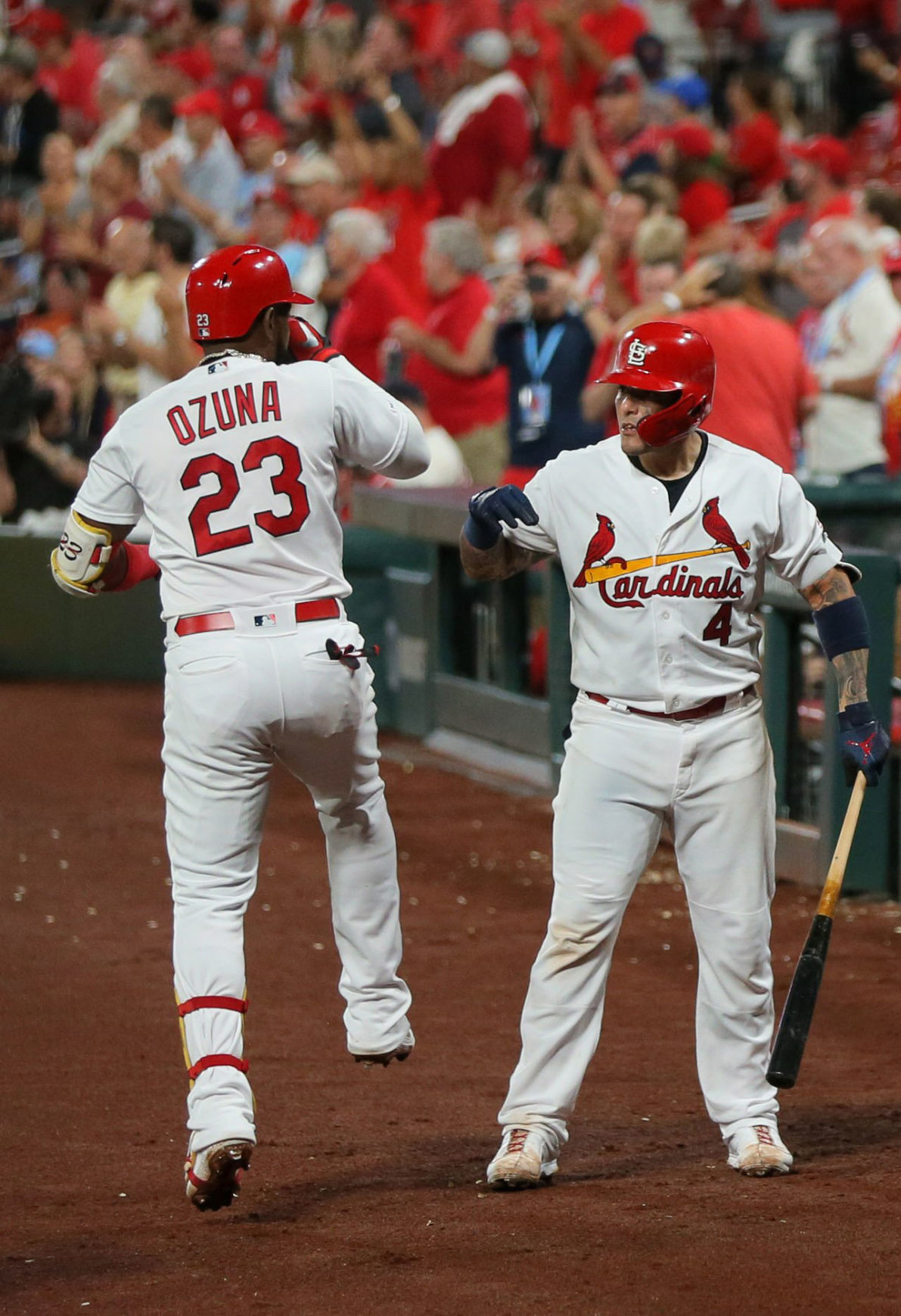 Three 2-run HRs lead to Cards victory against Rockies