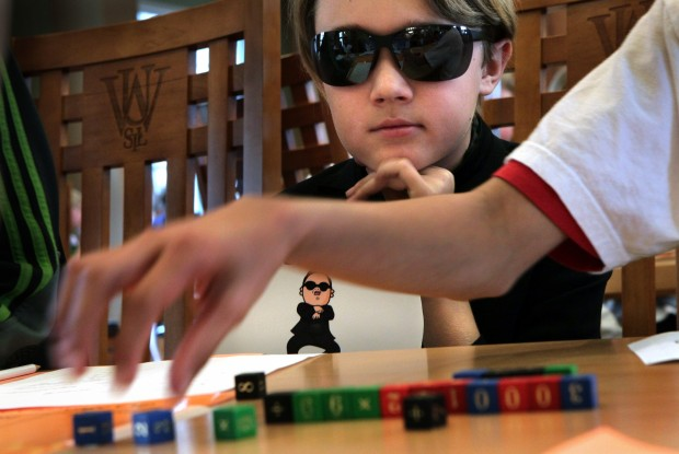 Math games tease brains of elementary students