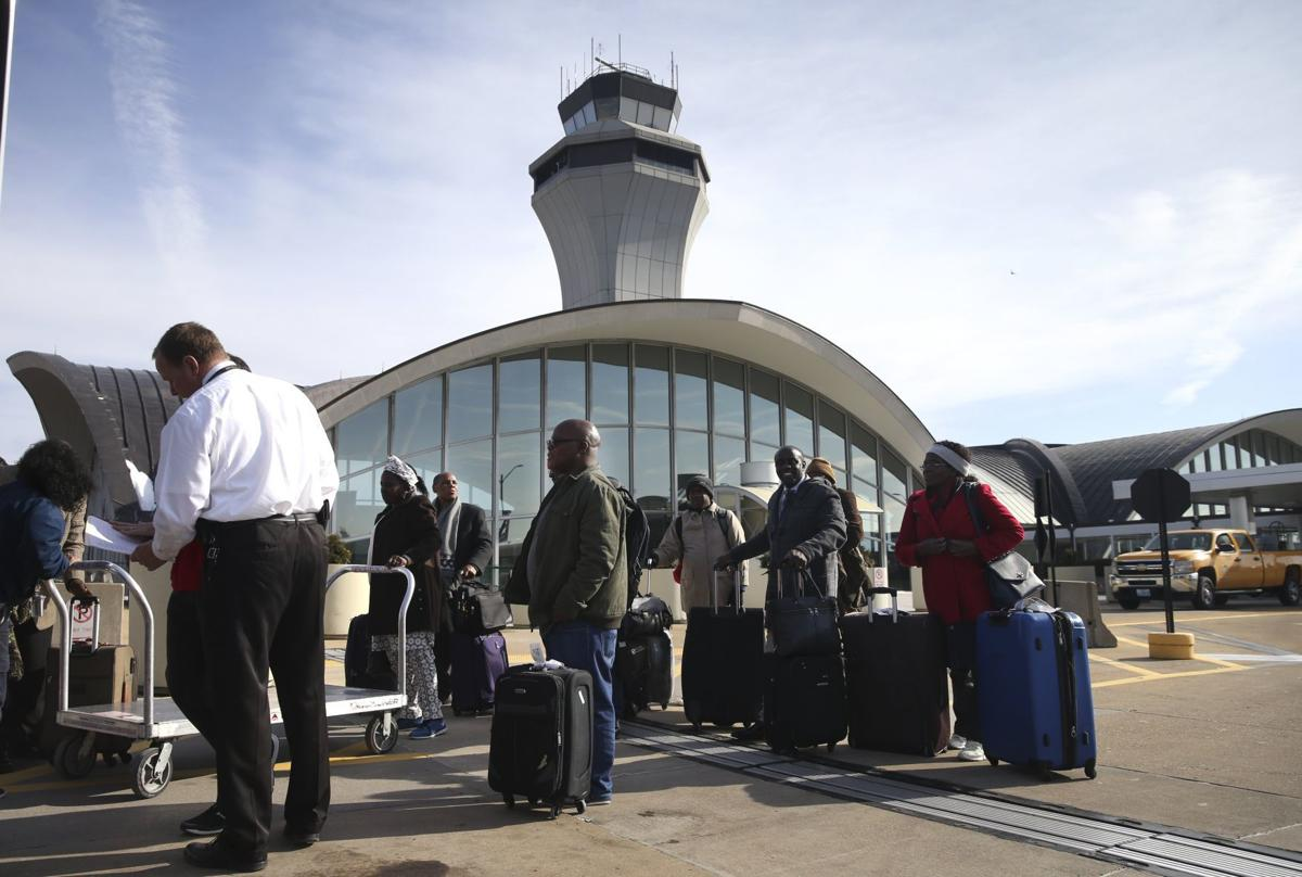 The public and Lambert airport's privatization