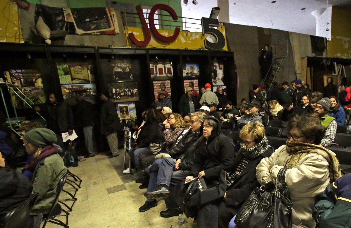 """Wellston Loop Family Reunion & Exhibit"""