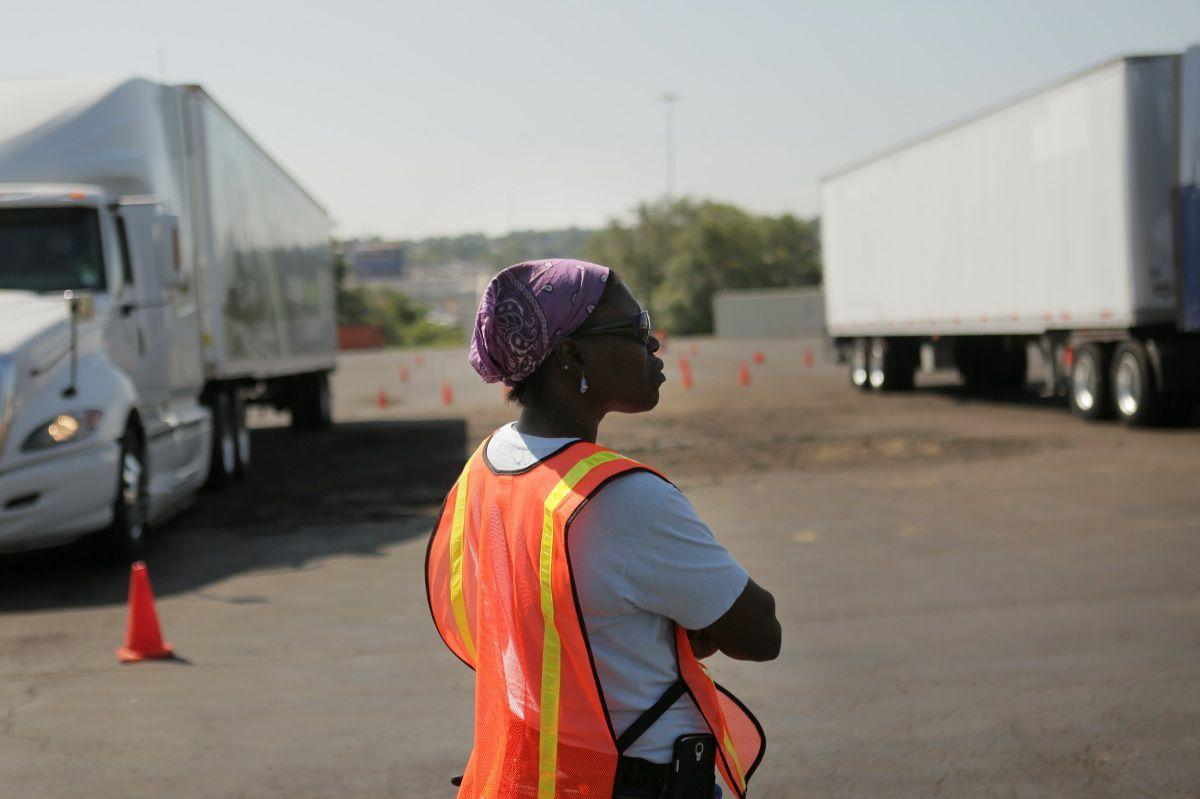 Truck driving program at St. Louis Community College