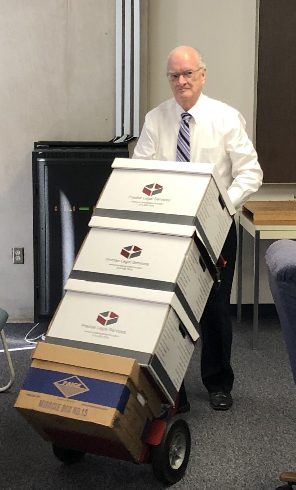 Glarners deliver boxes of records for St. Louis County Council probe