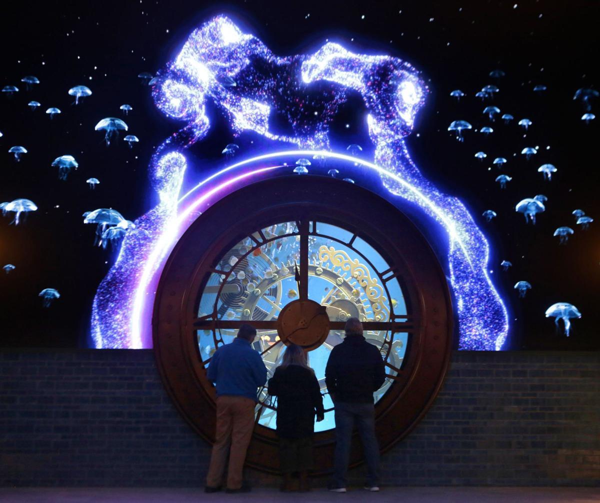 The St. Louis Aquarium Clock