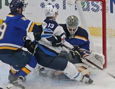 Blues and Jets skate in game 4 at the Enterprise Center