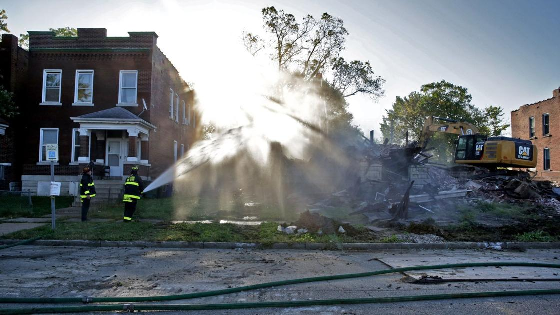 North St. Louis residents cheer building demolitions on Saturday