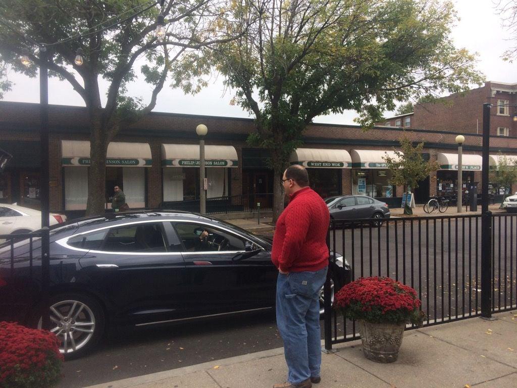 Ken Bone touts new Uber service in St. Louis