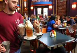 St. Louis γεύματα coronavirus ενημερώσεις: Φιτζ κλείνει εστιατόρια μέχρι νεωτέρας
