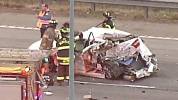 Illinois γυναίκα που σκοτώθηκε σε multi-σύγκρουση οχήματος στον αυτοκινητόδρομο Interstate 70 στο St. Louis County