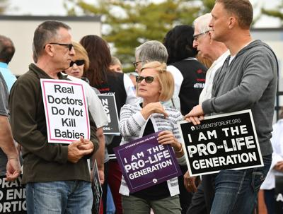 Protests at new Planned Parenthood facility in Fairview Heights