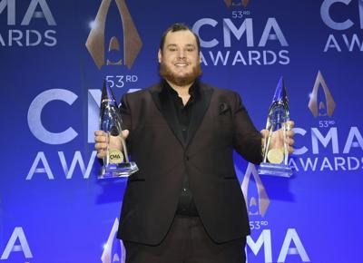 APTOPIX 53rd Annual CMA Awards - Press Room
