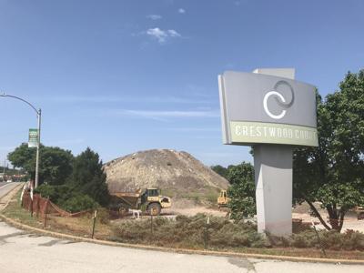 Crestwood Plaza site