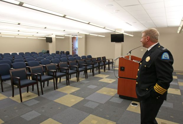 new st louis police headquarters on olive street gallery. Black Bedroom Furniture Sets. Home Design Ideas