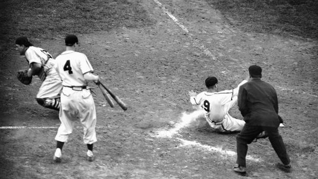 Oct. 15, 1946: Slaughter's mad dash flips the 1946 World Series