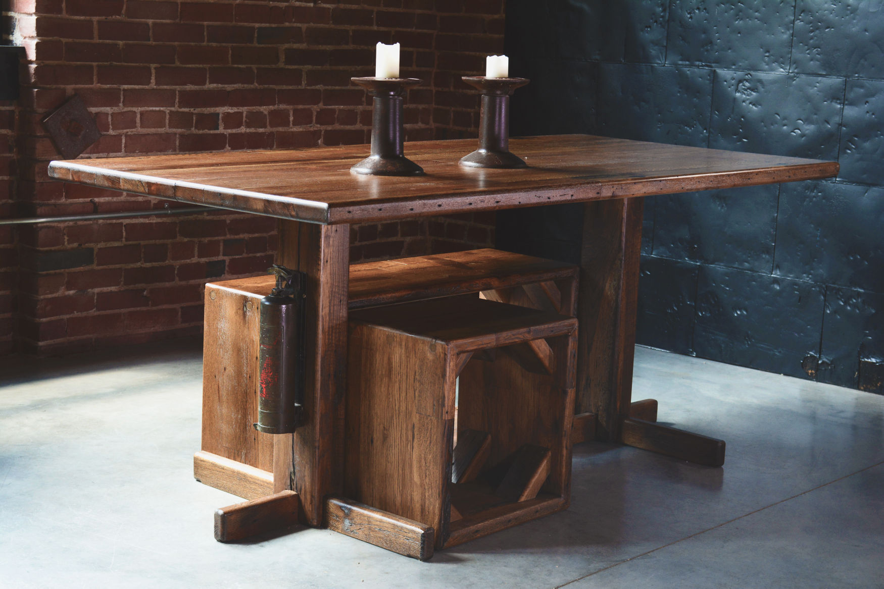 Daniel Charles Dining room table Made in