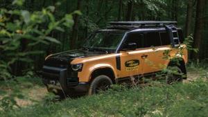 Land Rover Defender Trophy Edition: Rally Raid Ready.