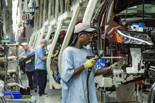 Workers of Volkswagen Tennessee plant refile petition for union vote