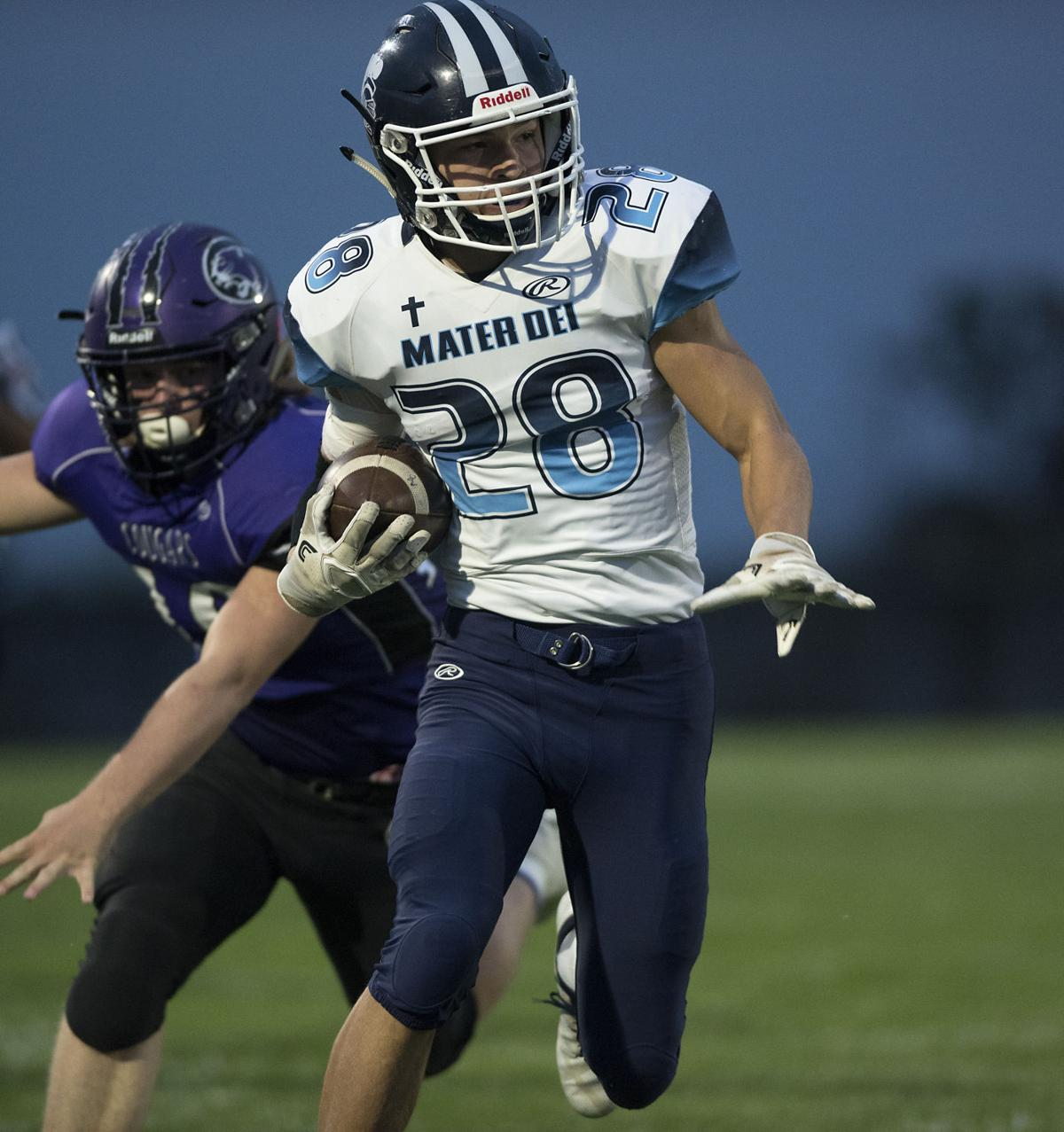 Mater Dei Stays Perfect With Milk Bowl Win Over Breese Central