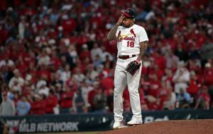 After stellar start by Waino, Braves crush Carlos and Cardinals in 9th for Game 3 win