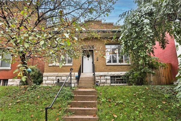 2 Bedroom Home in St Louis - $99,900