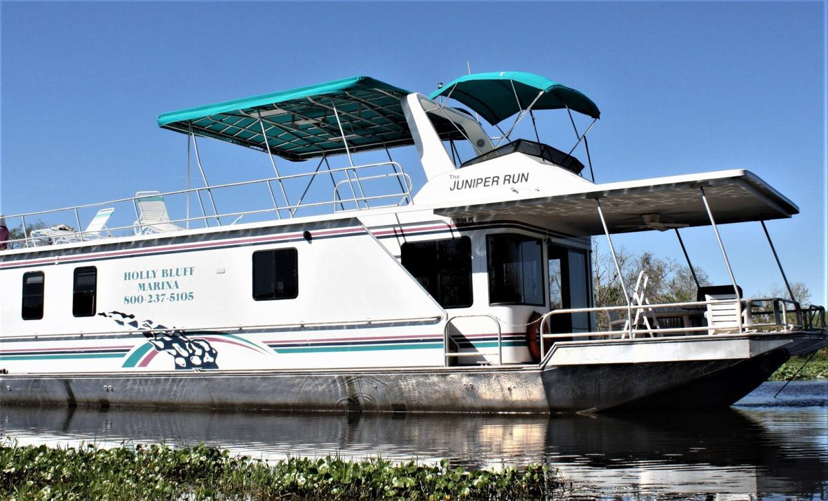 Soak up the scenery, silence on a houseboat journey along Florida's
